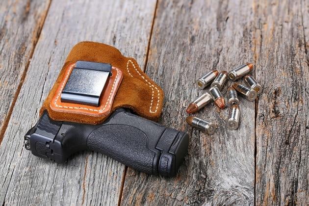 choosing the best iwb holster
